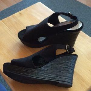 Black wedge sandals size 8 1/2